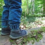 Mit Kleinkind in den Wald
